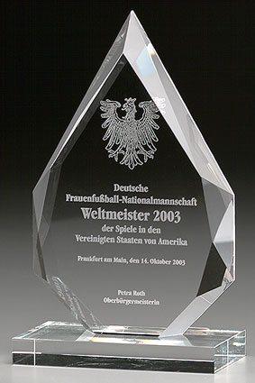 3D-Laser Kristallglas-Award Lasergravur