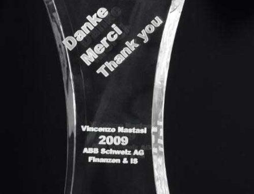 Jubiläums-Award Dienstaltersgeschenk mit Glasgravur