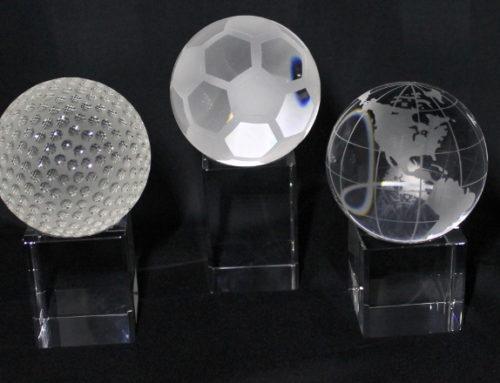 Vereins-Mitglieder mögen keine Zinnbecher mehr! 3D-Laser Ihr Partner für Ehrungs-Preise und Awards