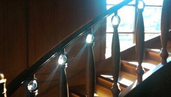 glaskugeln-3d-lasergravur-architektur-treppe